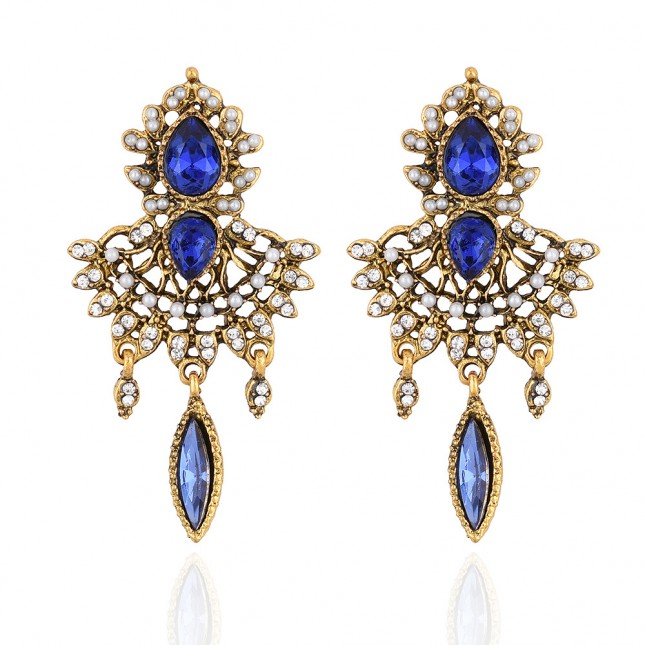 Blue Rhinestones Chandelier Earrings e018