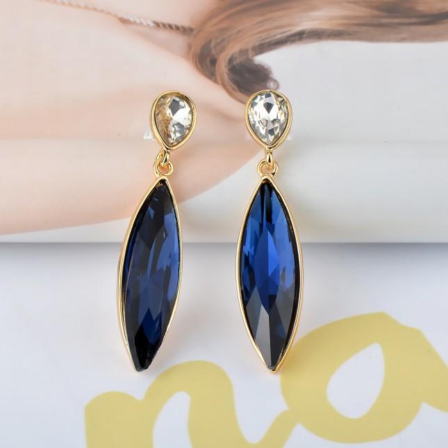Blue Sapphire Costume Earrings e019