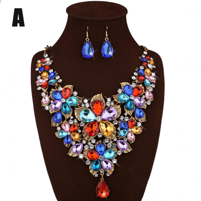 Golden Flower Crystal Cluster Necklace Earrings n084