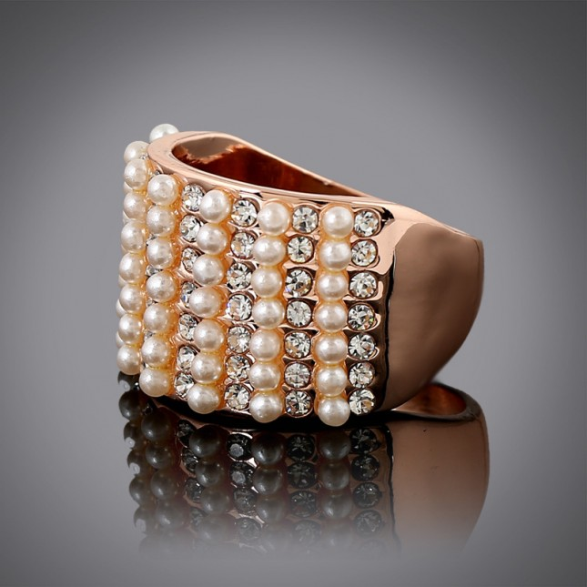 Pearl Layered Costume Ring r018