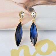 Blue Sapphire Costume Earrings e019