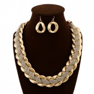 Layered Gold Jewelry Set necklace050