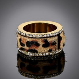 Crystal Leopard-Print Band Ring