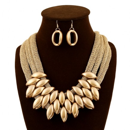 Fashion Statement Jewelry Set
