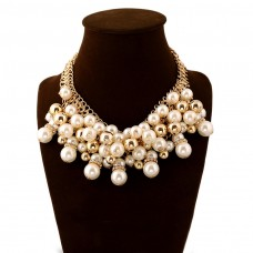 Big Pearl Choker Necklace